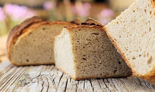 Ψωμί Ντίνκελ και θερμίδες